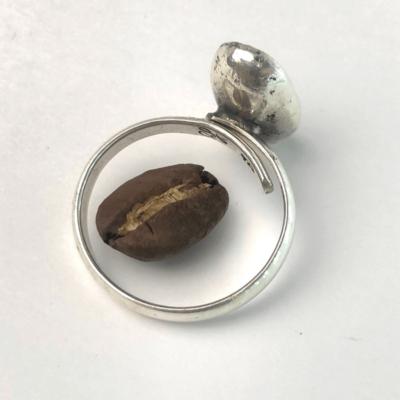 anillo de plata de un grano de cafe coffee ring mycoffeebox marago