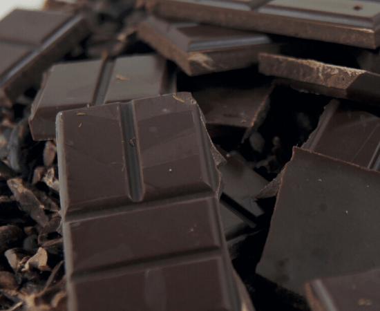 chocolate oscuro con cacao organico mycoffeebox